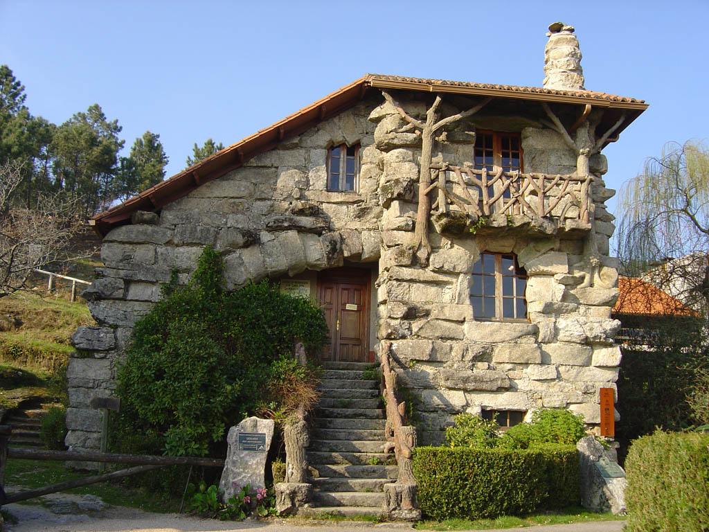 Casas bonitas taringa for Piedra rustica para fachadas
